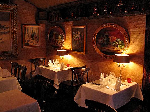 Russian traditions in Troikka restaurant, Helsinki