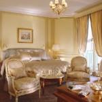 Paris 5 star hotel Le Meurice