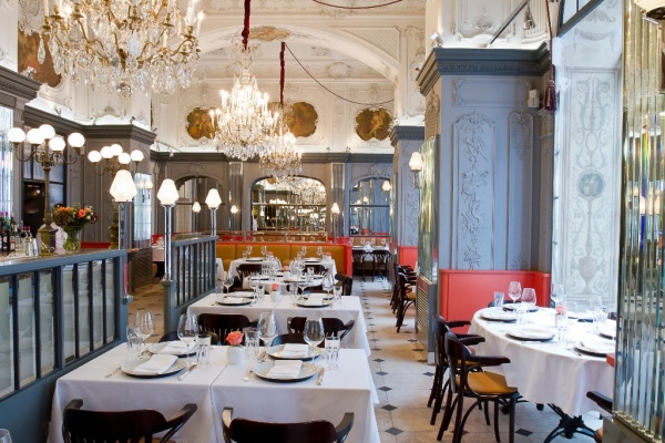 Breakfast at the Brasserie Most, Moscow