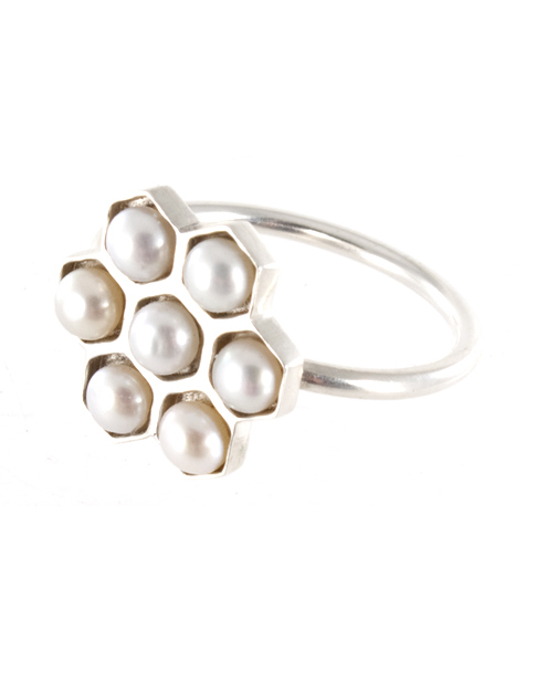 Pearl Honeycomb ring